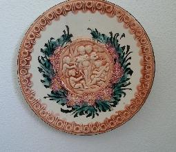 PLATO de CERÁMICA de 32 cm. con RELIEVES
