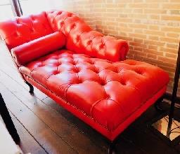 Divan Chester Rojo-Auténtic Chesterfield Brand -Cuero