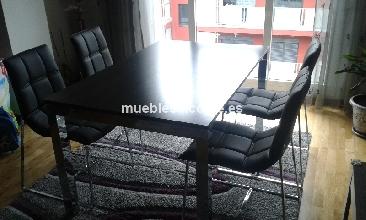 Mesa extensible comedor 4 sillas de cuero cod 14862 for Muebles segunda mano bizkaia
