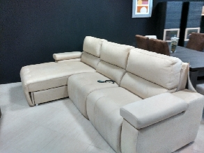 Sofa chaisse longe con arcon y 2 asientos electricos