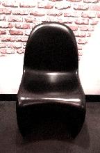 Silla estilo Panton negra