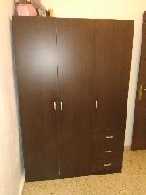 Vendo armario color marrón