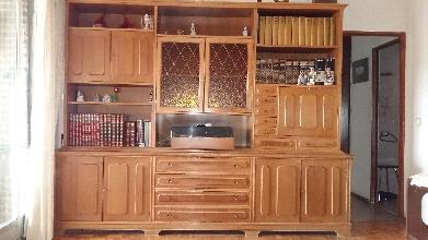 Mueble estantería de salón de madera