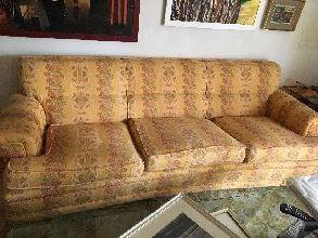 Dos sofás de tres plazas