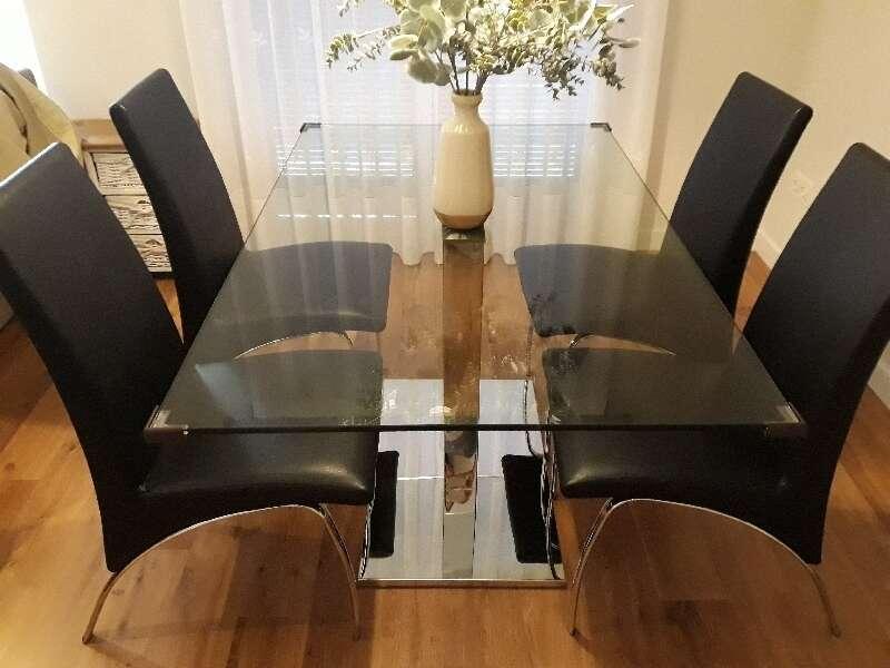 Mesa+4 sillas comedor diseno italiano cod:25525 segunda mano ...