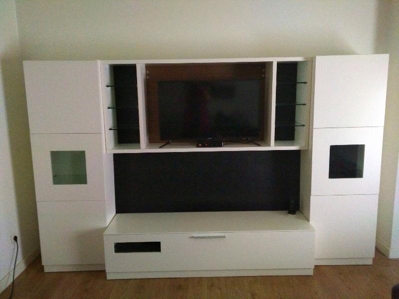 Mueble salón en perfecto estado mide 3m X1,85