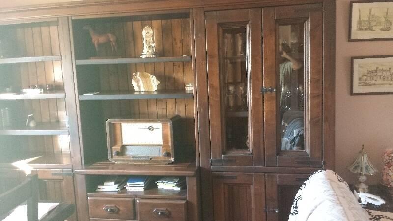 Mueble grande de madera maciza 3m de largo