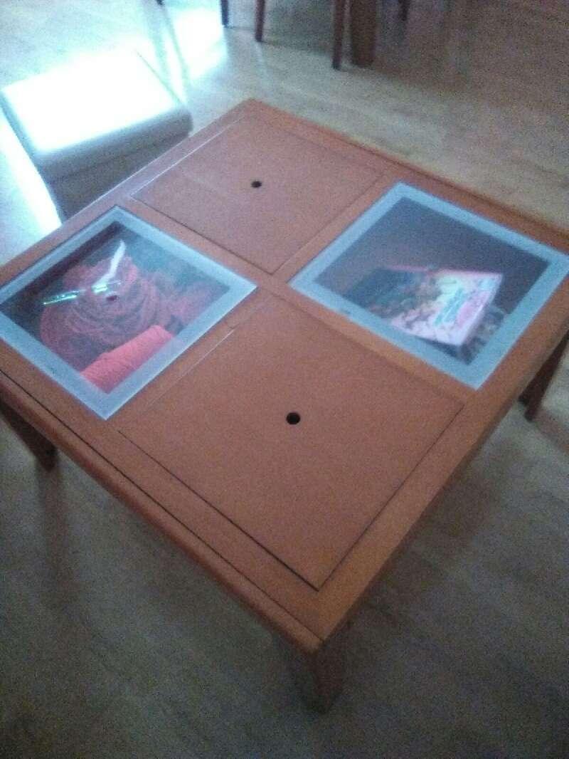 Mesa centro estilo igual foto acabado madera cod 15606 for Mesa centro segunda mano