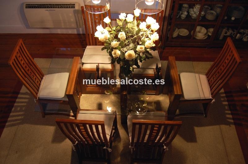 Mesa de comedor cristal y madera como escultura 6 sillas for Sillas de comedor de madera tapizadas