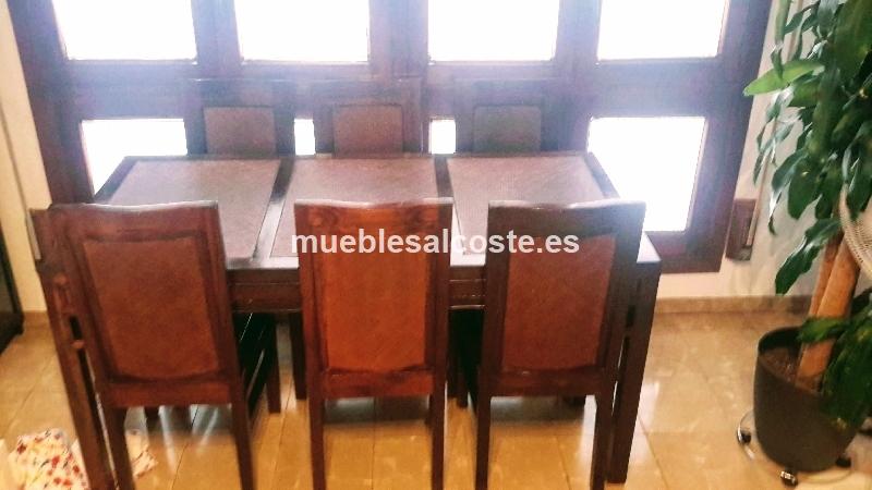 Mesa comedor colonial y seis sillas