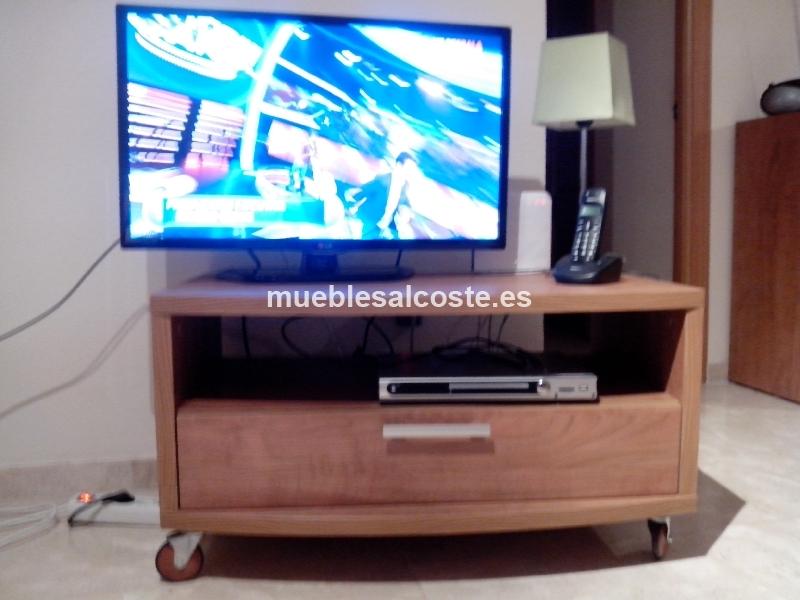 Mesa tv estilo moderno acabado madera 13400 segunda mano for Mesa tv segunda mano