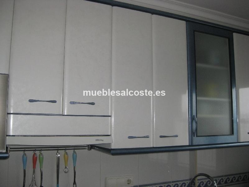 Mobiliario cocina electrodomesticos estilo moderno - Nevera panelada ...
