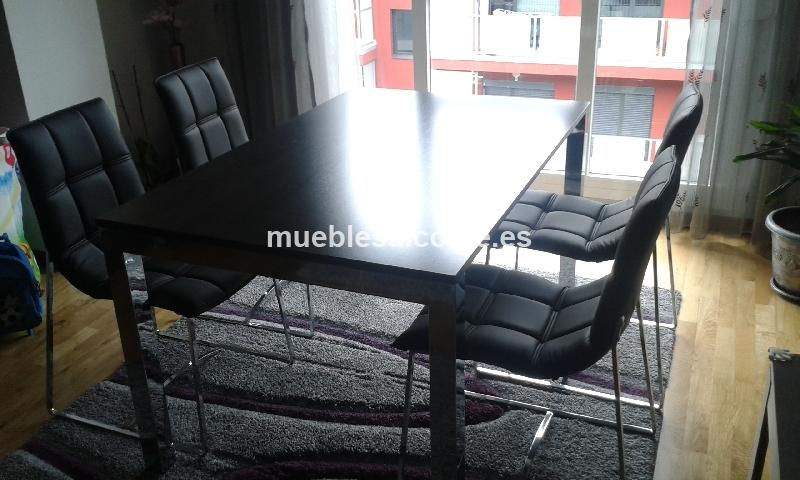 Mesa extensible comedor 4 sillas de cuero cod 14862 for Sillas cuero comedor