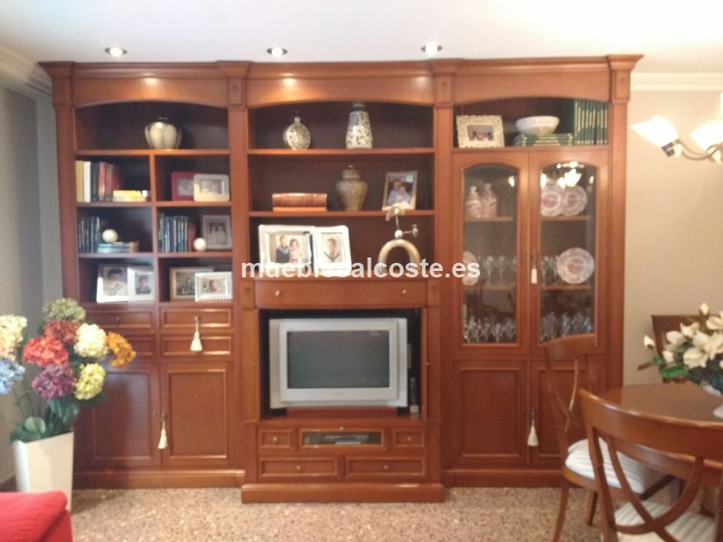 Mueble boiserie color cerezo mas sillas cod 15655 segunda for Muebles color cerezo