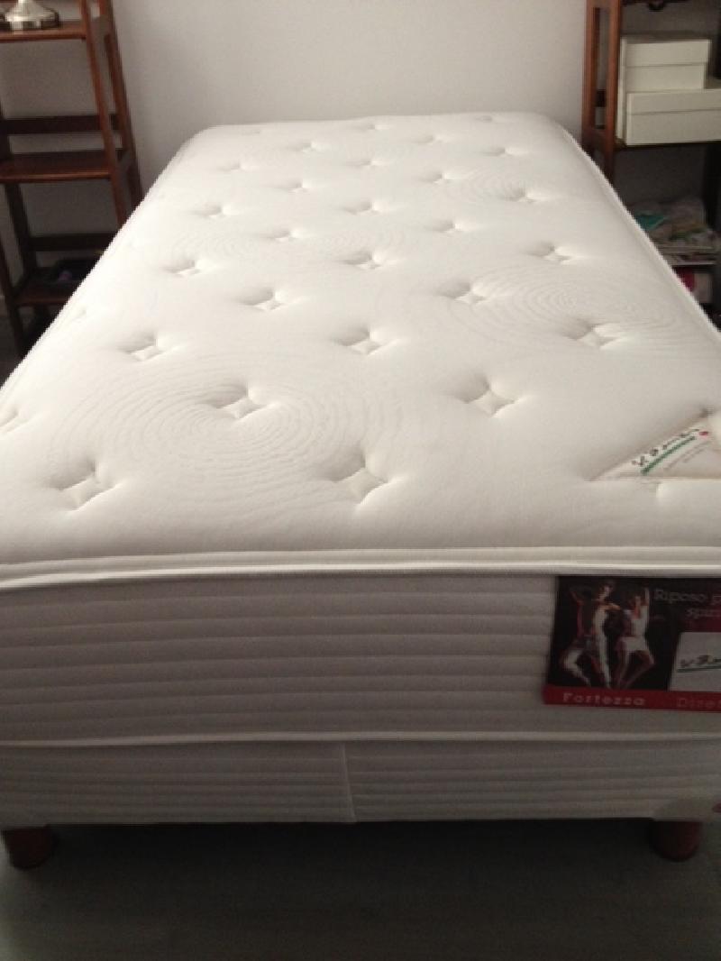 Cama individual estilo igual foto acabado igual foto cod for Vendo cama individual