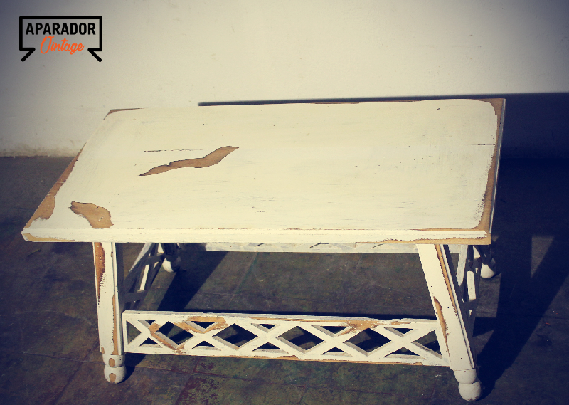 Mesa bajita restaurada vintage cod 18119 segunda mano - Mesas vintage segunda mano ...