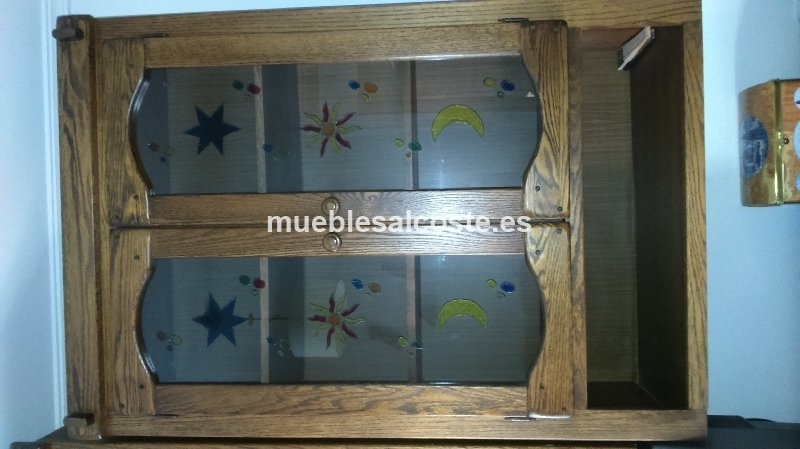 Mueble de madera de roble con vitrina cod 18437 segunda for Muebles segunda mano badajoz
