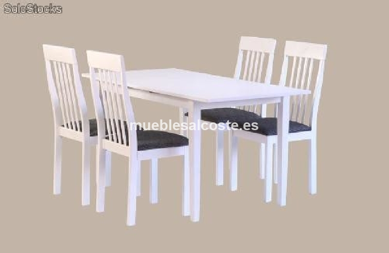 Mesa blanca con 6 sillas tapizadas en morado cod 18539 for Sillas de cocina blancas de madera