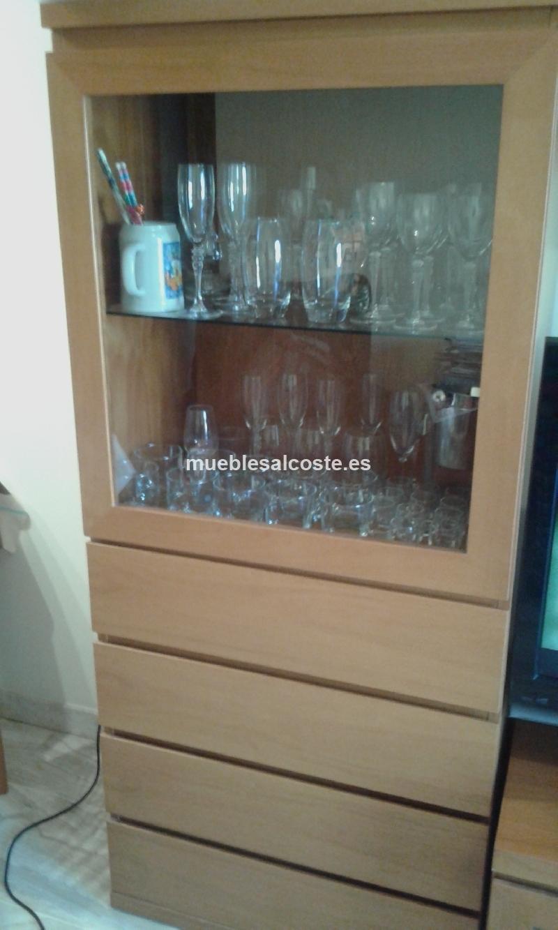 Buscas un buen mueble de comedor minimalista y funcional for Mueble comedor minimalista
