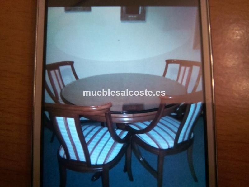 Conjunto de mesa y sillas de comedor