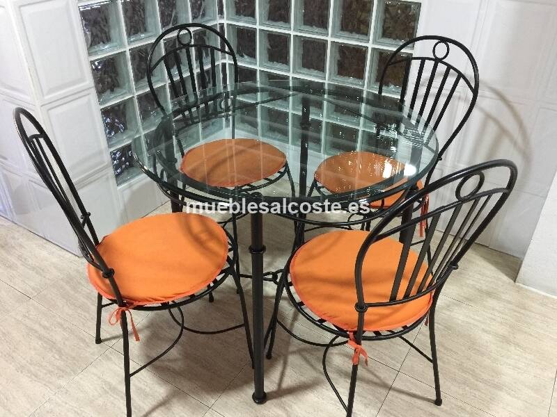 Mesa y cuatro sillas de forja cod 23295 segunda mano for Mesas y sillas de forja