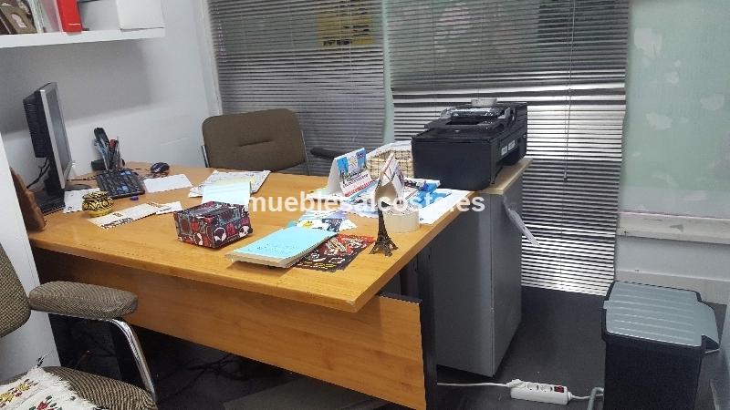 muebles de una  oficina