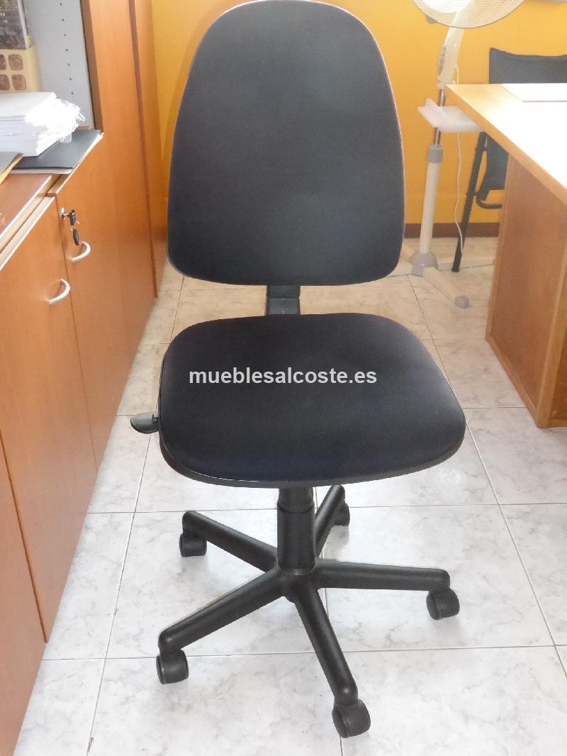 Silla con ruedas para oficina cod 12430 segunda mano for Sillas despacho segunda mano