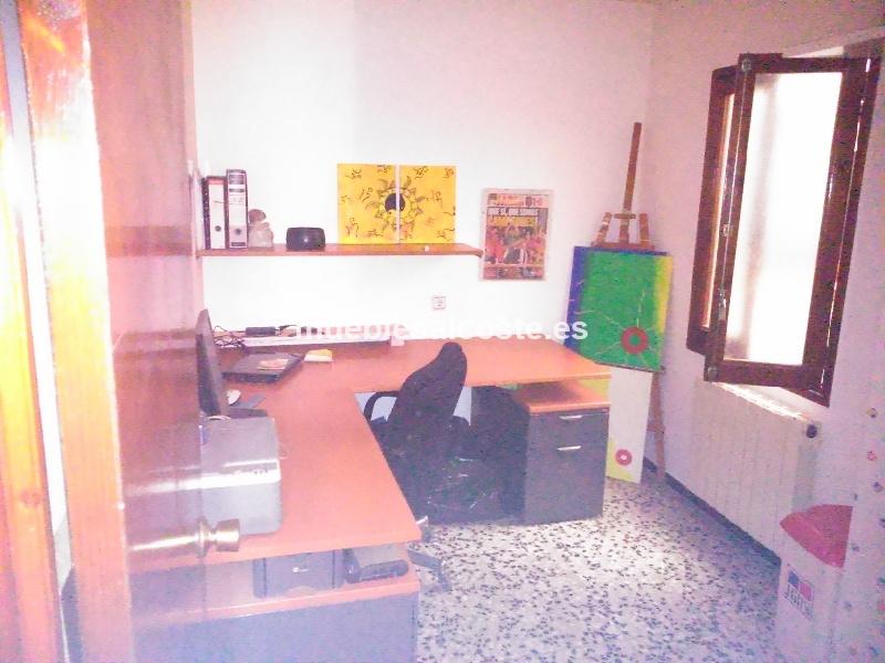 Mesa de despacho cod 12768 segunda mano - Mesas de despacho segunda mano ...