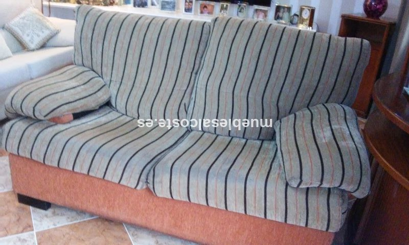 Sofas estilo moderno acabado tela cod 14891 segunda mano for Sofas modernos sevilla