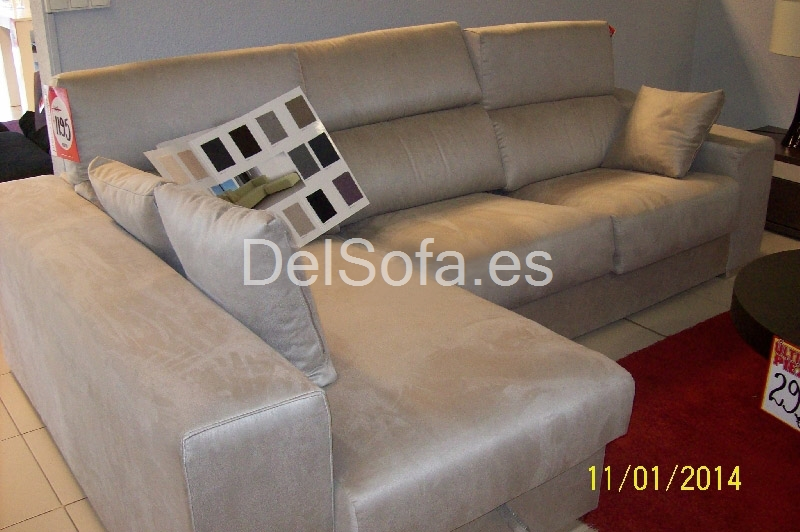 sofa chaisslongue  + 3 plazas con puff